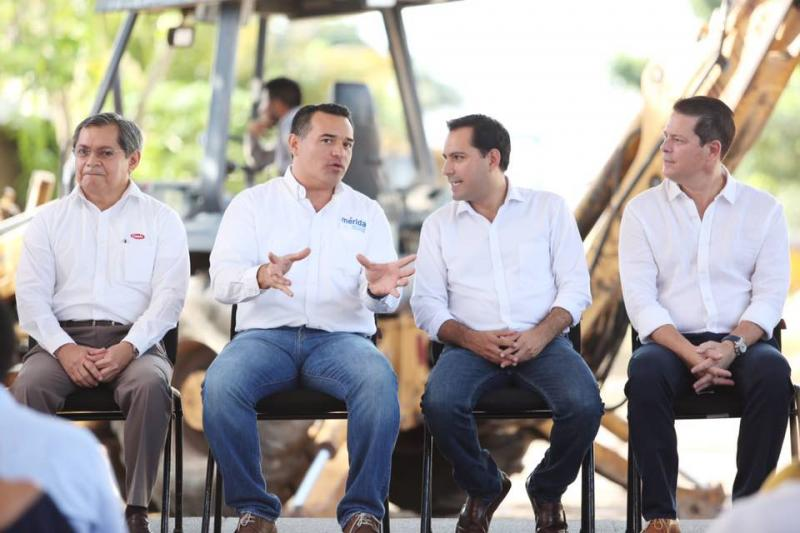 El Gobernador Mauricio Vila Dosal y el alcalde Renán Barrera Concha ponen en marcha la construcción de 120 kilómetros de calles en Mérida