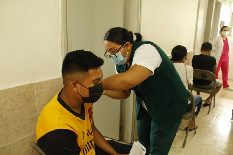 En una nueva etapa, se cubrirá la vacunación de jóvenes de 18 a 29 años de 40 demarcaciones del interior del estado con la administración de primeras dosis de la farmacéutica AstraZeneca.