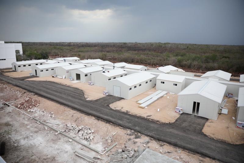 La instalación del hospital provisional en el municipio de Valladolid avanza conforme a lo programado y en breve estará listo