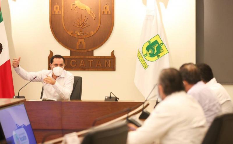 El Gobernador Mauricio Vila Dosal convoca a directores de hospitales estatales y federales a estar preparados ante incremento en el número de ingresos hospitalarios por Coronavirus